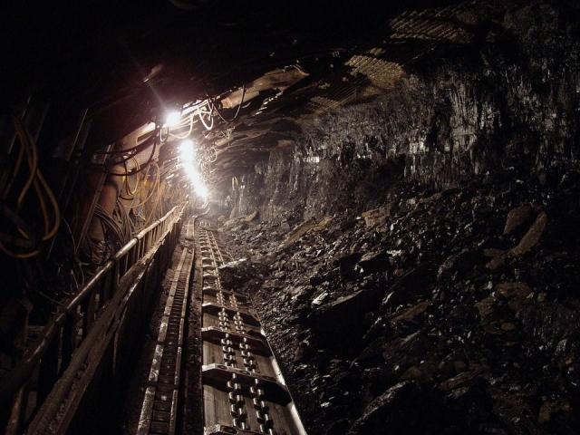 В угольной шахте в Китае произошел обвал