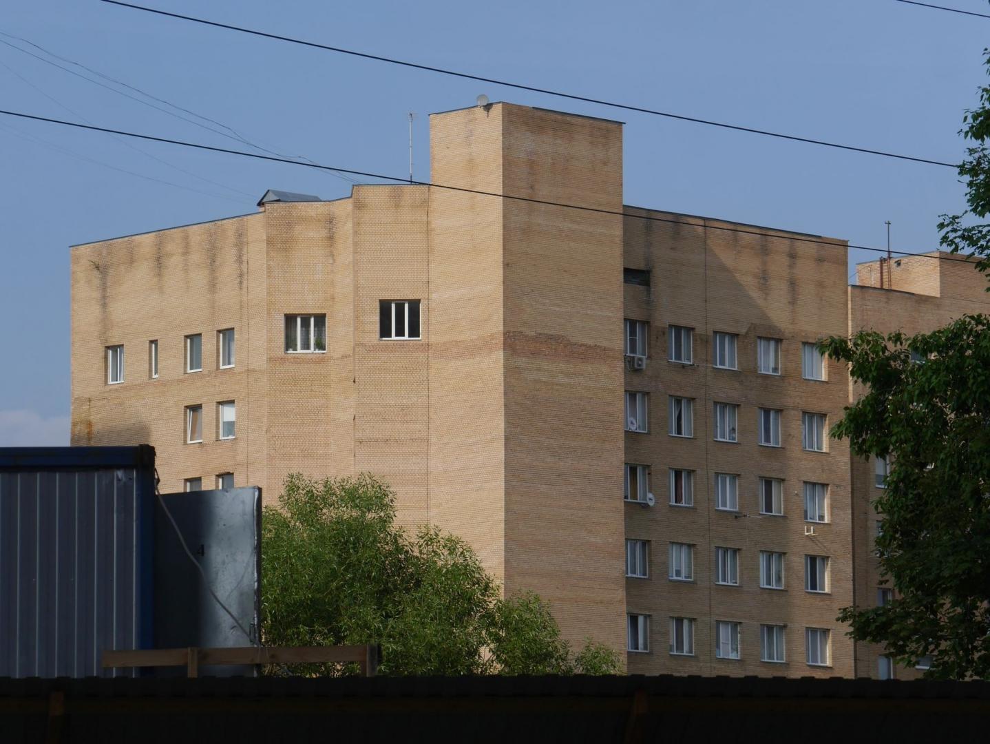 Индивидуальные проекты из керамокирпича встречаются не только в Москве. На фото — Одинцово