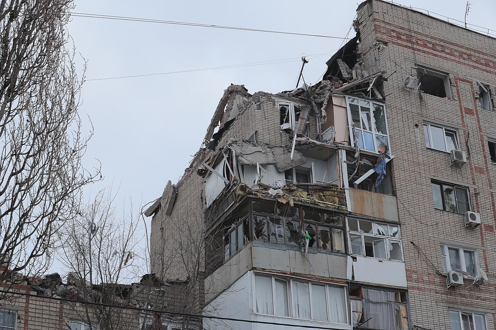 Взрыв газа повредил четыре квартиры