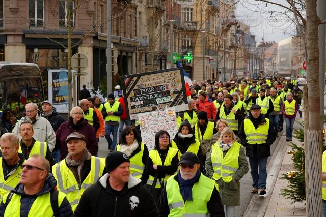 Протесты «желтых жилетов» во Франции. 2018