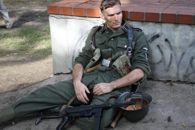 Новгородцев попросили не удивляться встречам с войсками вермахта в Кремле