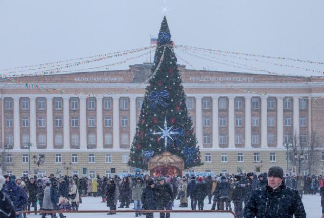 Елка на Софийской площади