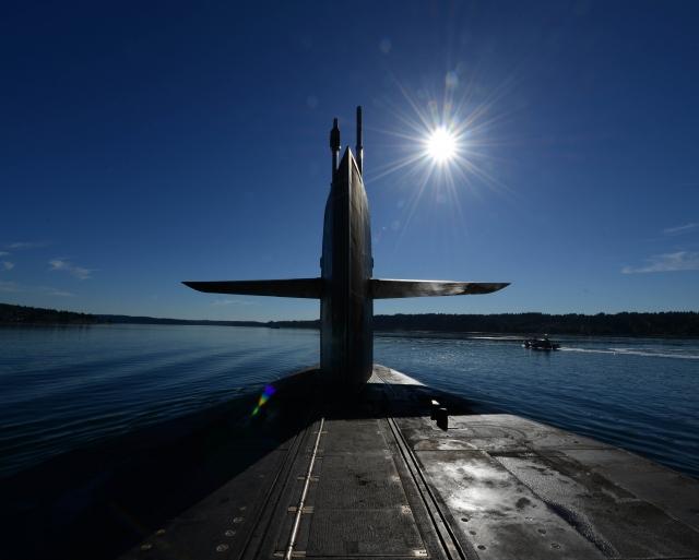 Американский адмирал назвал РФ главной угрозой для господства США на море