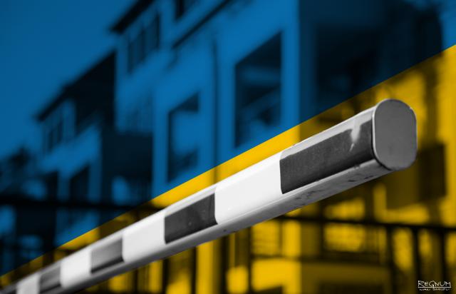 Украинских бизнесменов призвали остановить оформление грузов на таможне