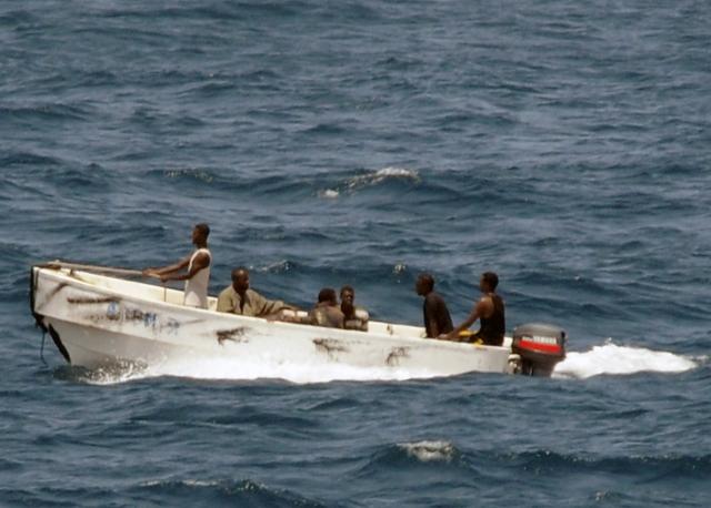 Пираты, захватившие российских моряков у Бенина, вышли на связь