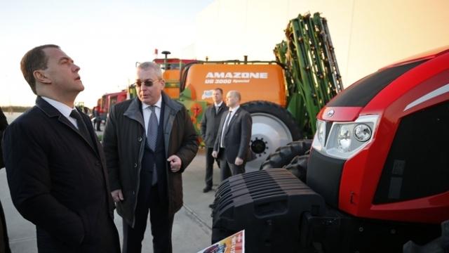 Медведев: Российская сельхозтехника котируется за рубежом