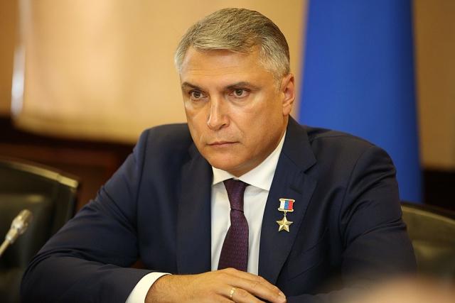 Полномочный представитель президента России на Северном Кавказе Александр Мотовников