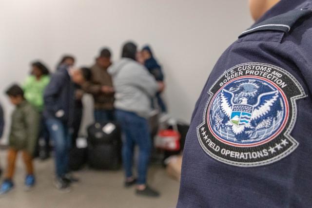 Более трехсот мигрантов проникло по туннелю из Мексики в США