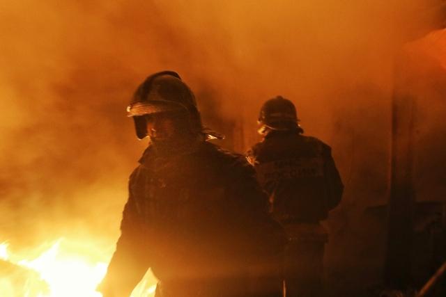 В результате пожара в Большом Камне погиб человек