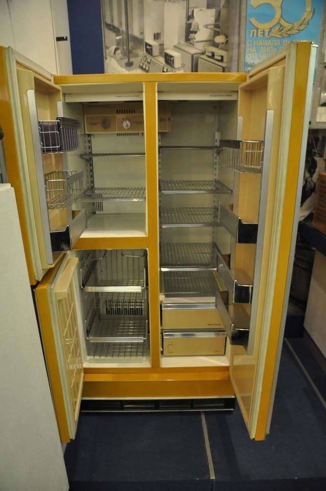 ЗиЛ-65 с открытыми дверцами.