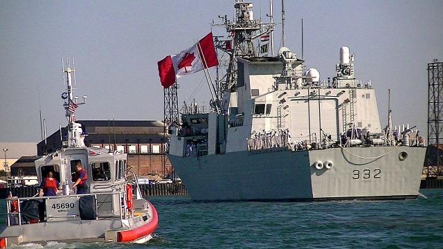 Фрегат ВМС Канады направляется в Средиземное море