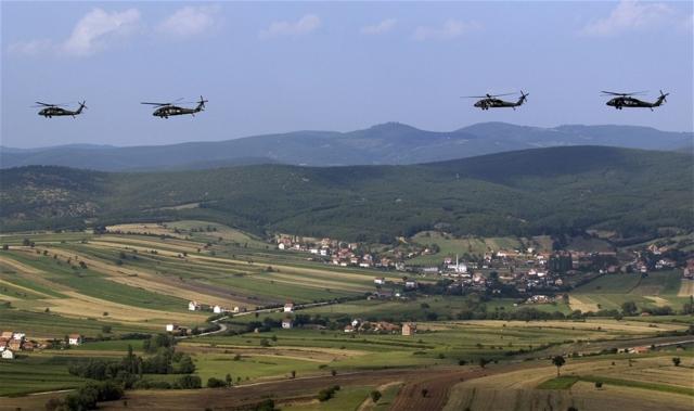 Американские вертолеты над Косово