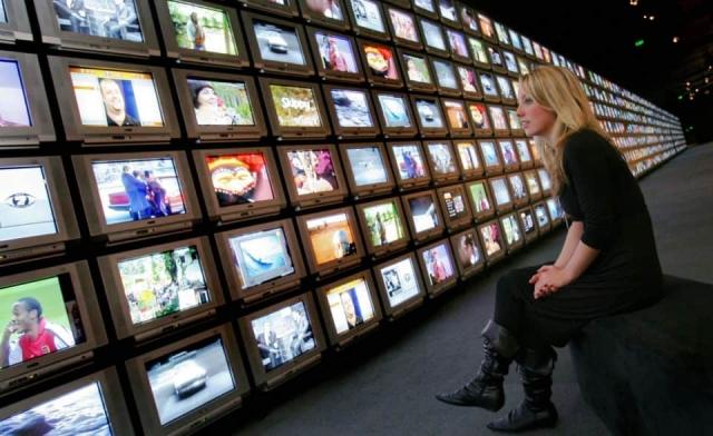 Названы минимальные цены на цифровые телевизоры и приставки в РФ