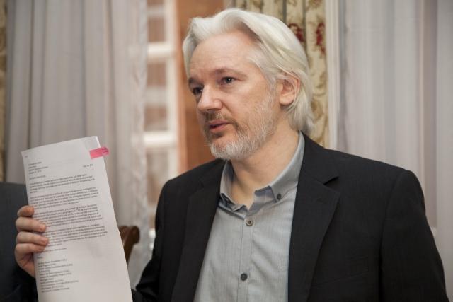 Ассанж требует «рассекретить» все выдвинутые властями США обвинения