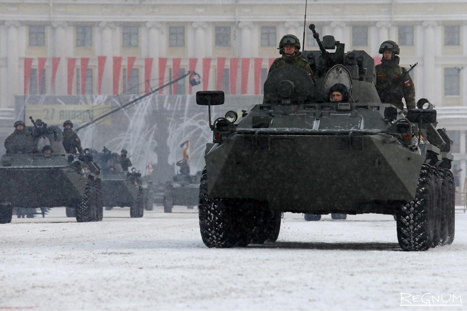 БТР-82А на военном параде в честь 75-й годовщины полного снятия блокады Ленинграда