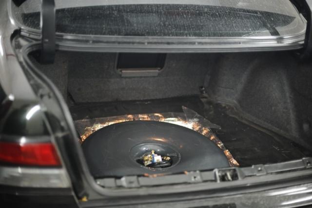 Тороидальный газовый баллон в легковом автомобиле