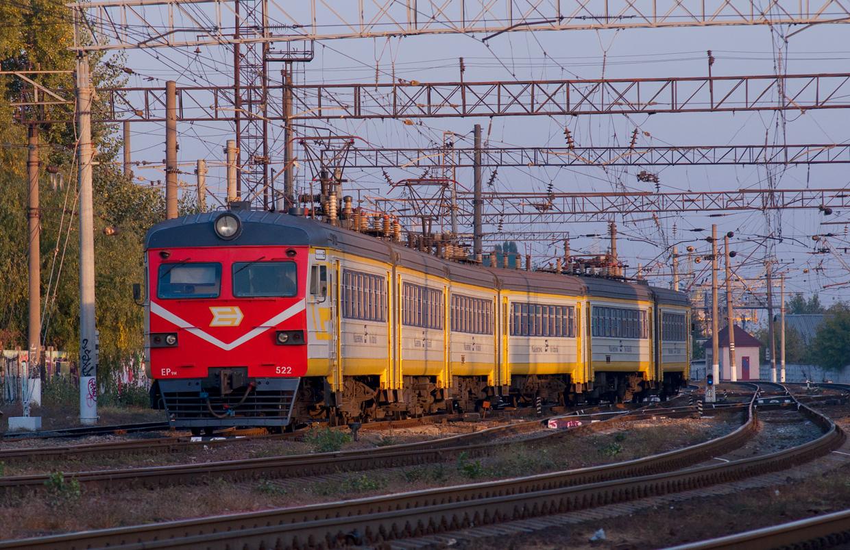 Электропоезд ЭР9М-522. Cтанция Киев-Московский, Киев, Украина