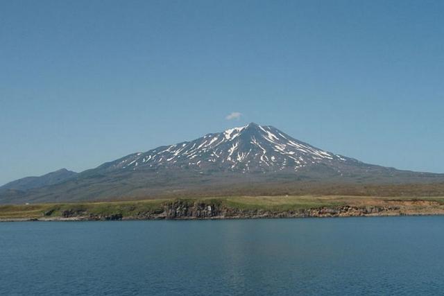 Вид вулкана Богдан Хмельницкий