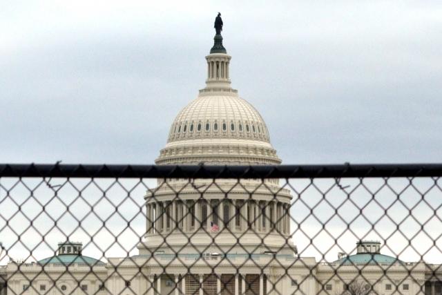Сенат США выступил против вывода войск из Сирии и Афганистана
