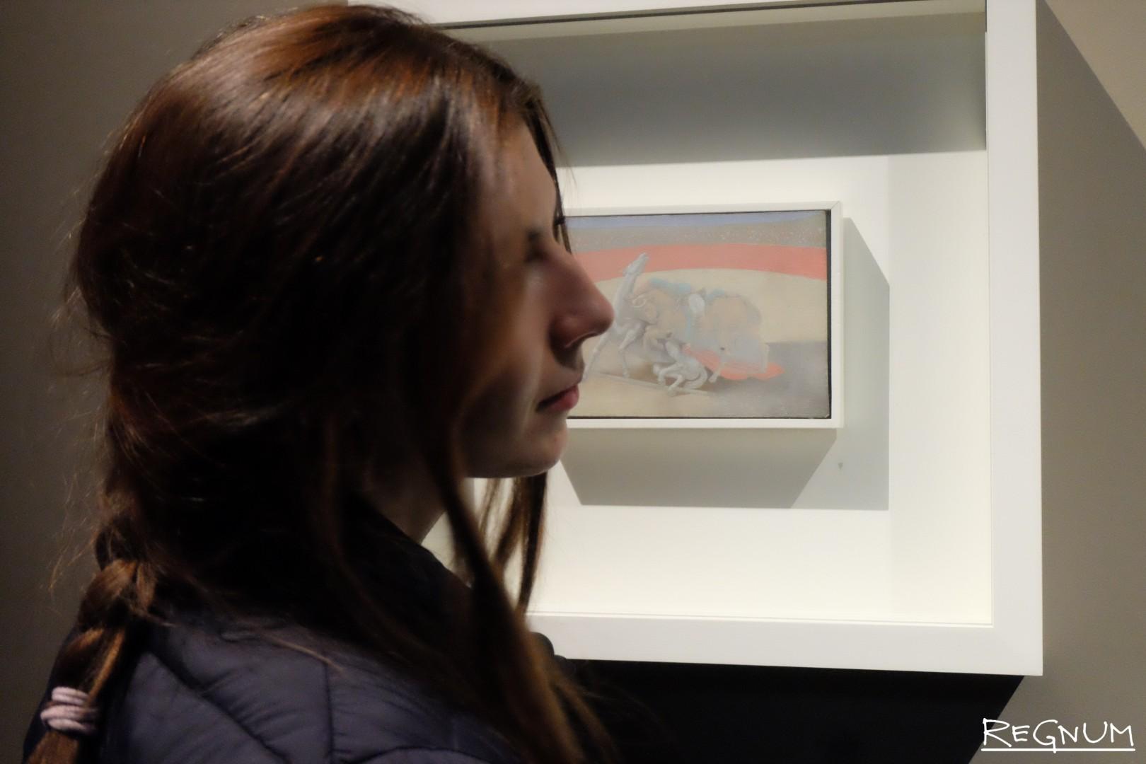 Посетители выставки «Пикассо&Хохлова»