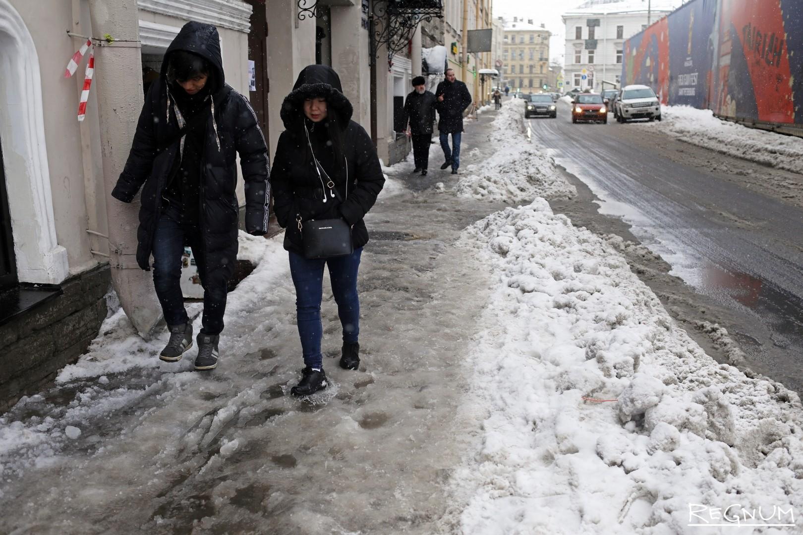 Гололед на улицах Петербурга