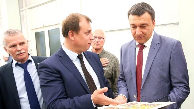 С барского плеча: депутат Госдумы предложил узаконить питание с помойки