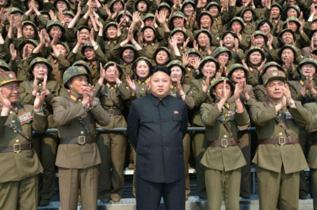 Ким Чен Ын с армией