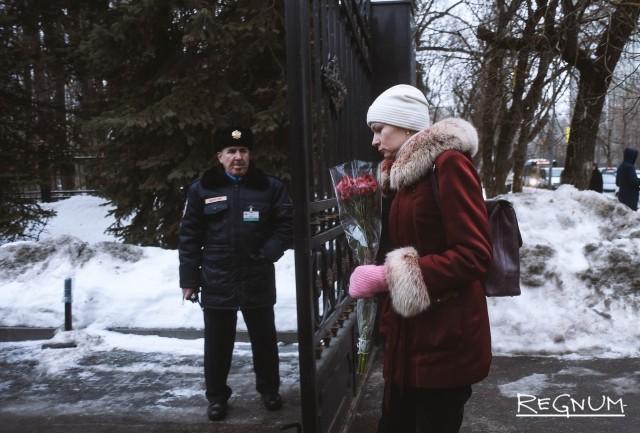 По просьбе родных Кирилла фото‑ и видеосъемка прощальной церемонии была запрещена