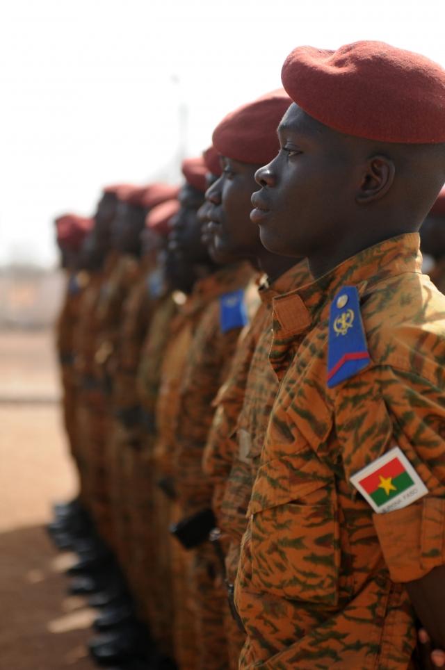 HRW обвиняет военных Буркина-Фасо в казнях исламистов