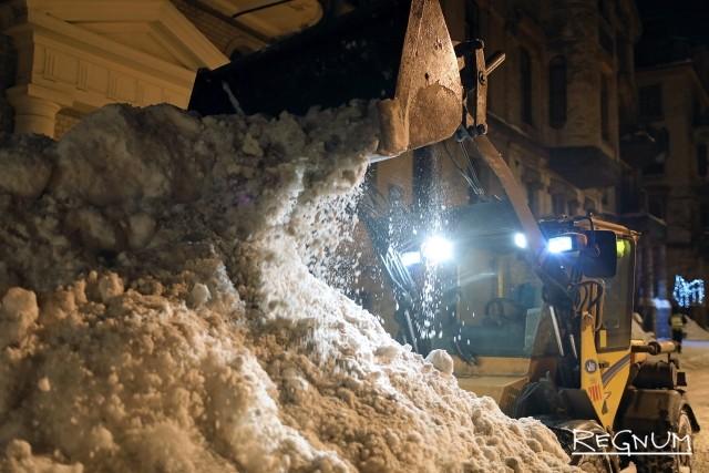Уборка с перекрытием: центр Петербурга зачищают в режиме спецоперации