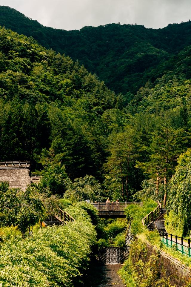 Культурная деревня Ияси но сато, восстановленная после войны