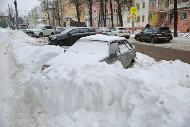 Ярославцы винят в плохой уборке города власть