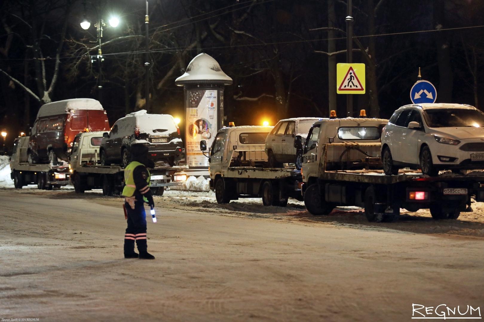 Эвакуация автомобилей на Кирочной улице, 06.02.19
