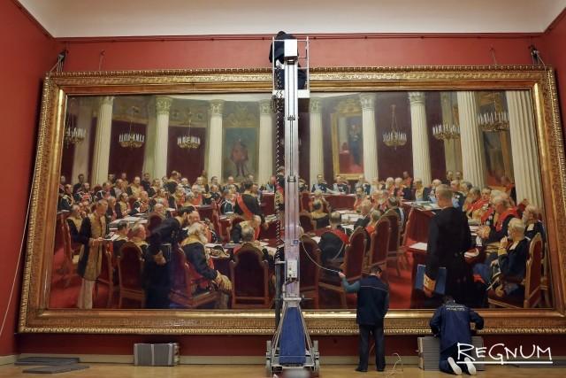 Подготовка к демонтажу картины Ильи Репина
