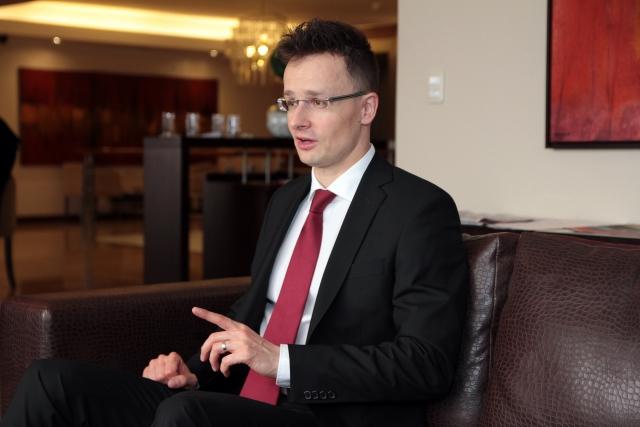 Не в интересах Венгрии рвать отношения с Россией — мнение