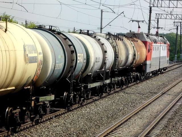 Профицит бензина спровоцировал объемы переработки на казахстанских НПЗ