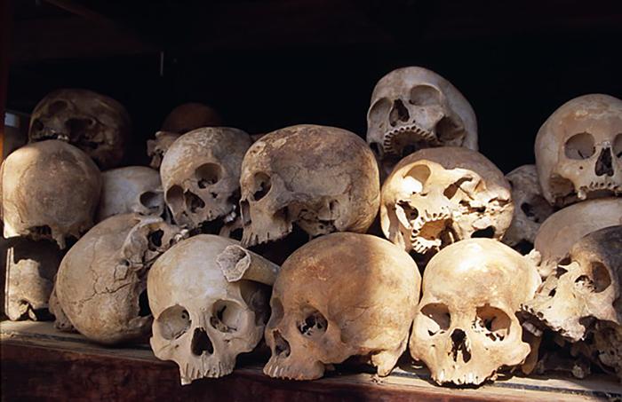 Черепа жертв красных кхмеров