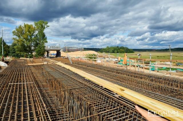 Строительство автотрассы
