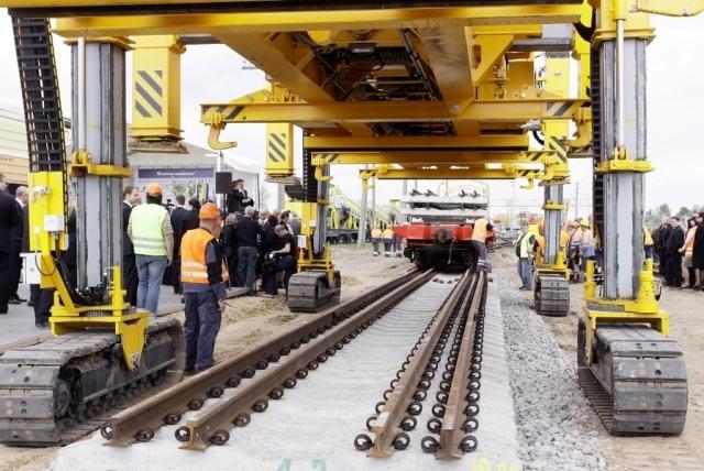 Прибалтика рискует рассориться из-за права управлять Rail Baltica