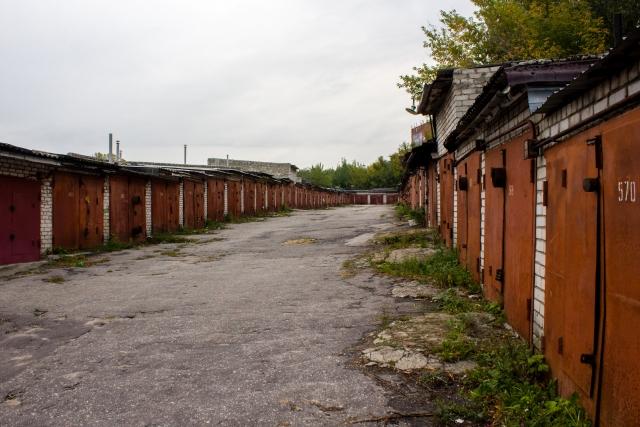 «Сумасшедших нет»: в Госдуме опровергли запрет на покупку авто без гаража