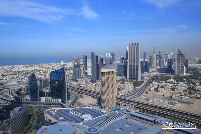 Работа аэропорта в Дубай была приостановлена из-за беспилотника