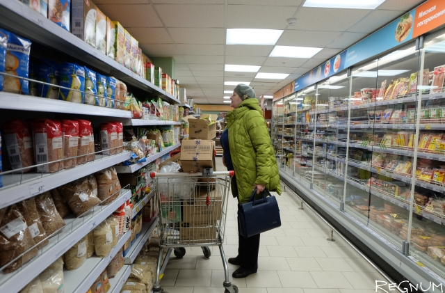 Нилов предостерег от закрытия супермаркетов по выходным