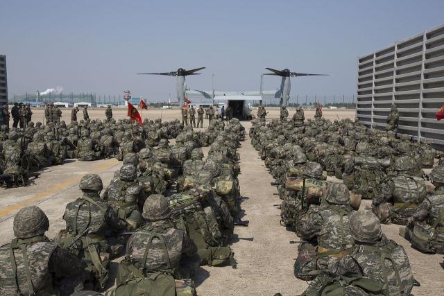 Морские Котики США на военных учениях в Южной Корее
