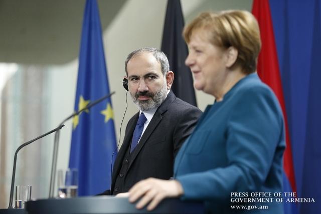 Никол Пашинян и Ангела Меркель