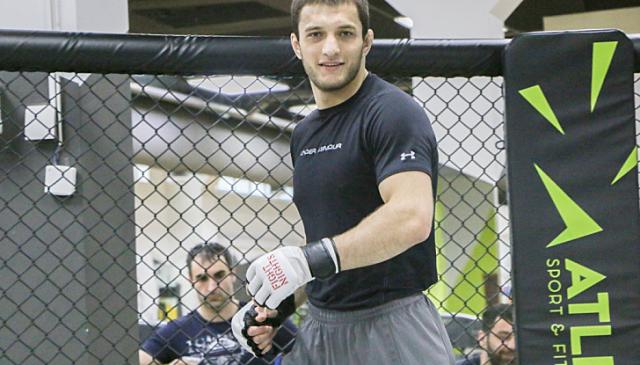 Российского бойца UFC уличили в допинге