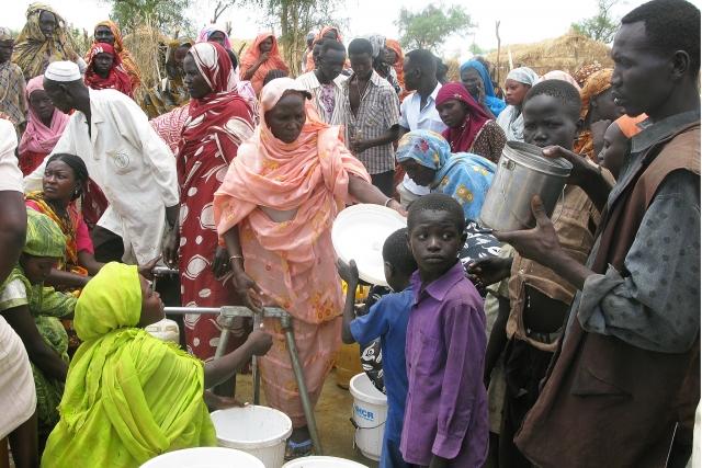 Президент Судана запретил в стране митинги протеста