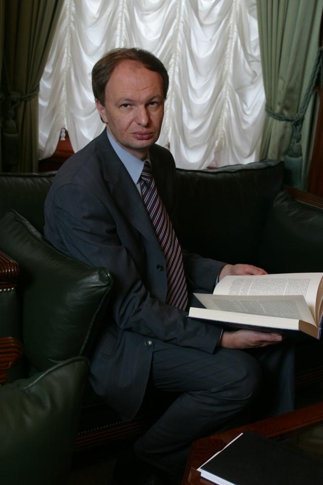 Выходят мемуары Михаила Сеславинского «Ароматы моей биографии»
