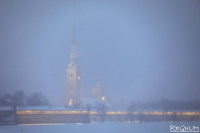 В Петербурге ветер усилится: «Пулково» закрыт из-за штормовой погоды