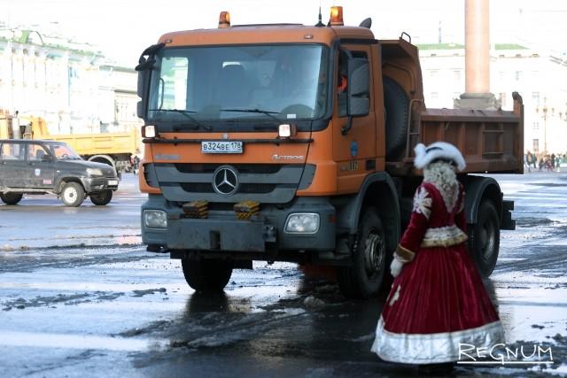 В Петербурге «добивают» зиму и строят планы на осень