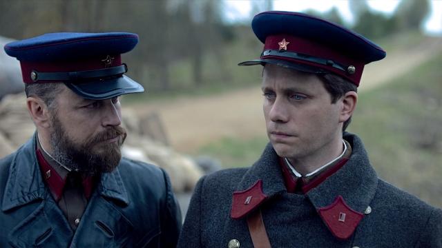 Петер Францен и Мартин Вальстрём в ролях офицеров НКВД